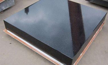 大理石平台在现代化机械设计制造工艺中的作用